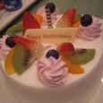アンバースデーケーキ